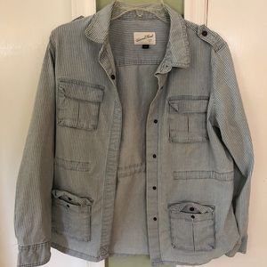 "Universal thread ""railroad jacket"""